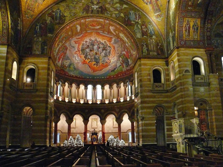 Basilika of Saint Louis 2