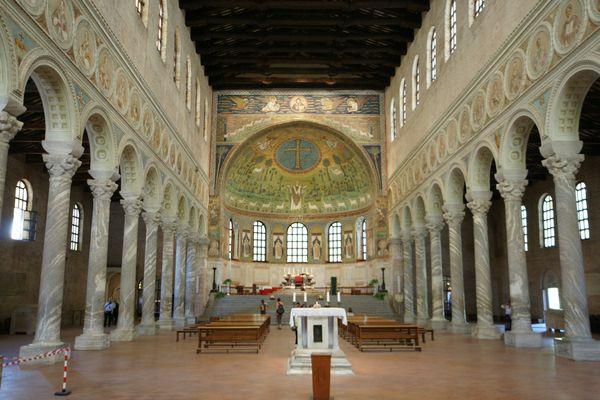 Basilika Saint Apollinare in Classe in der Nähe von Ravenna