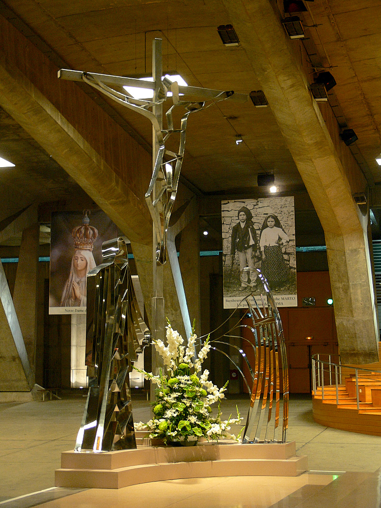 Basilika St. Pie X (Altar)
