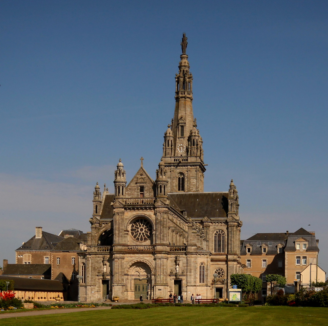 Basilique Sainte-Anne-D'Auray