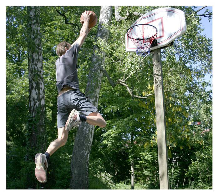 *basketball*
