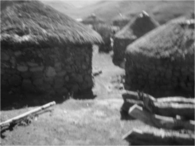 Basotho Dorf in den Bergen