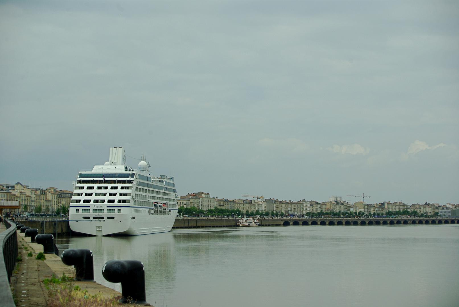 bateau a bordeaux