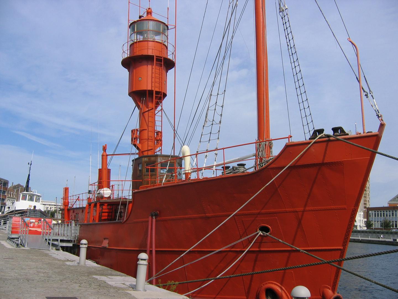 bateau à Dunkerque.