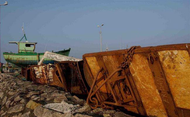 bateau de pêche sur un port bigouden