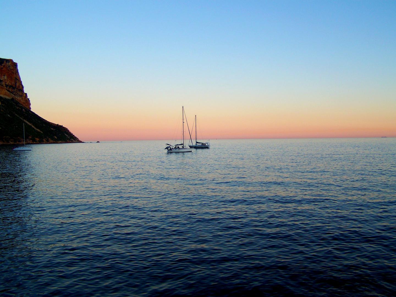 Bateaux au coucher de soleil