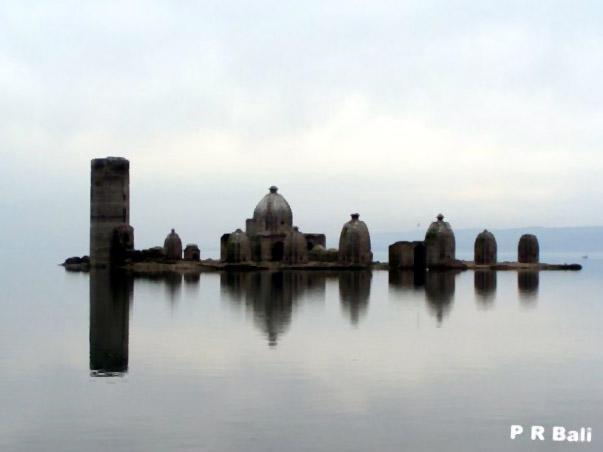 Bathu Temple