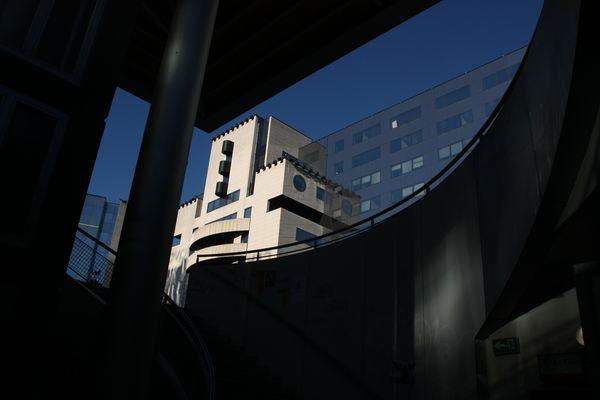 Batiment à côté de la gare de Grenoble
