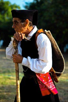 Bauer auf Sardinien in traditioneller Kleidung