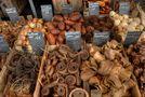 Bauernmarkt in Wuppertal-Vohwinkel von J. Simon