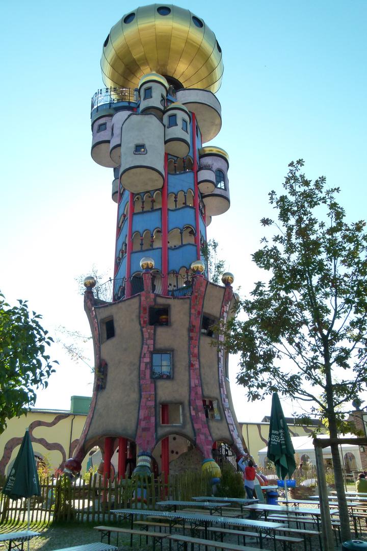 Baumeister hundertwasser foto bild architektur for Hundertwasser architektur