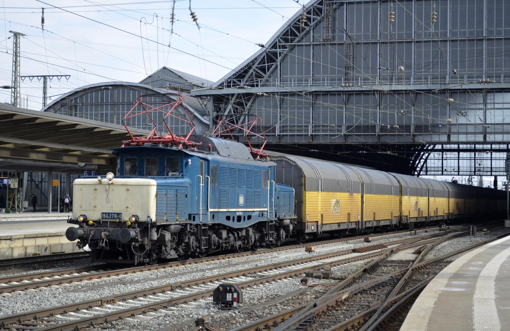 "Baureihe 194 178 ""Krokodil"" in Bremen Hbf"