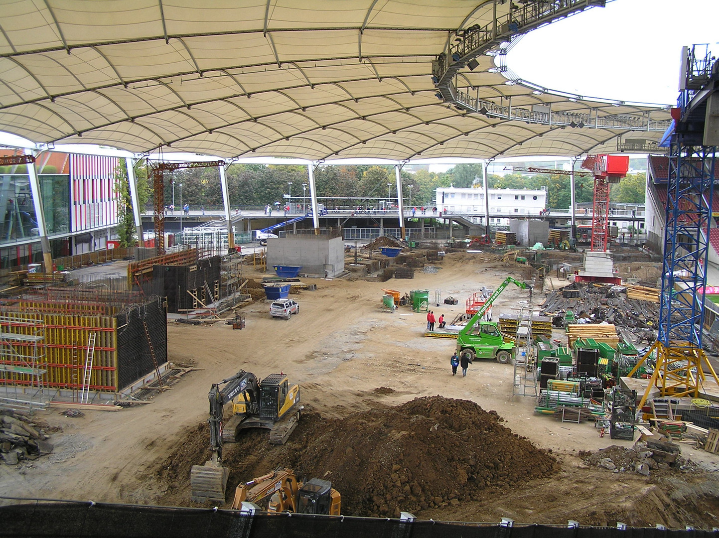 Baustelle Cannstatter Kurve (Mercedes-Benz-Arena - Stuttgart) 25.09.2010 -2-