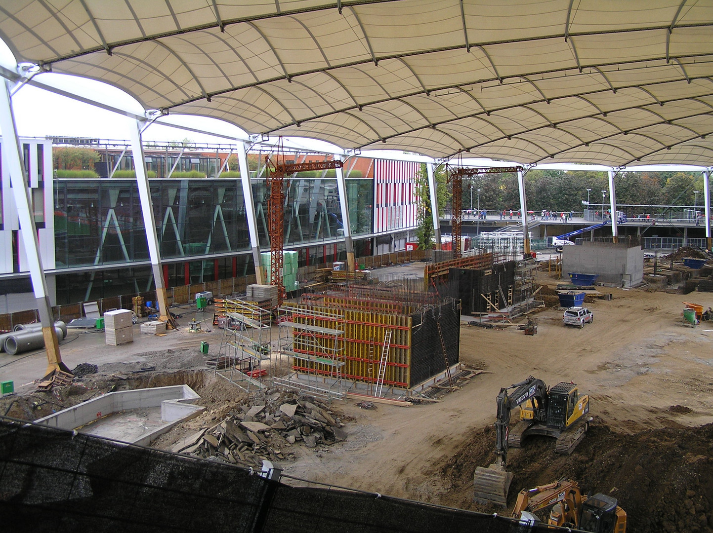 Baustelle Cannstatter Kurve (Mercedes-Benz-Arena - Stuttgart) 25.09.2010 -3-