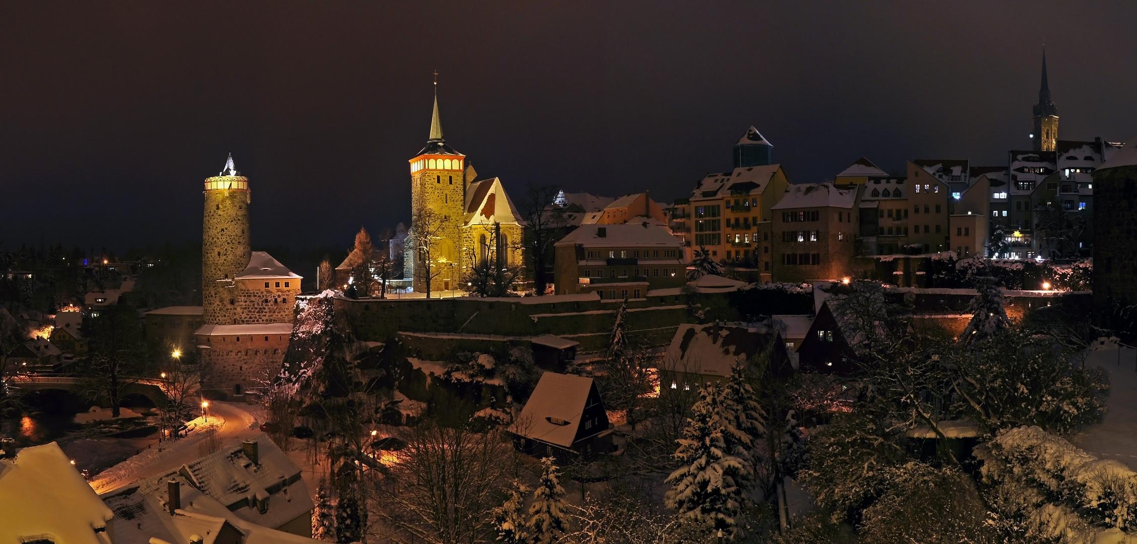 Bautzen Altstadtansicht im Winter bei Nacht