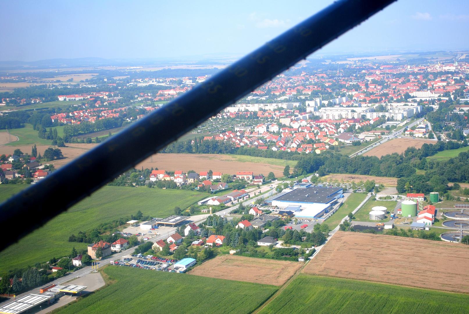 Bautzener Flugtage 2013-Blick aus einer Broussard beim Rundflug