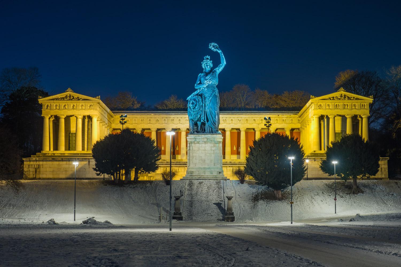Bavaria in der Winternacht