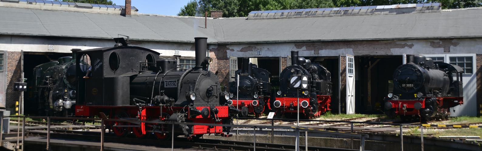 Bayerisches Eisenbahnmuseum Ringlokschuppen und Drehscheibe