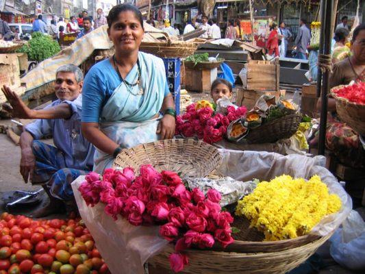 Bazaar in Bombay