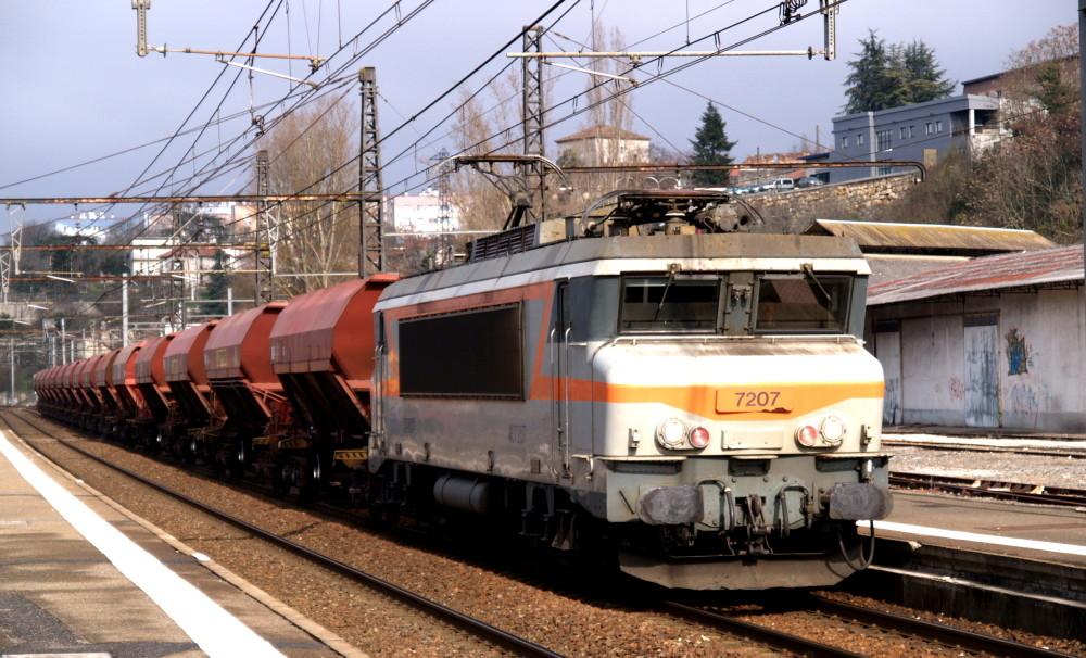 BB 7200 à Cahors