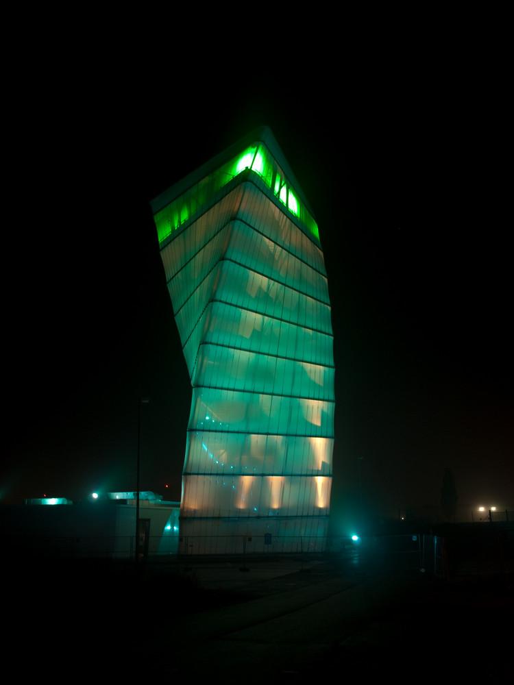 BBI Infotower green
