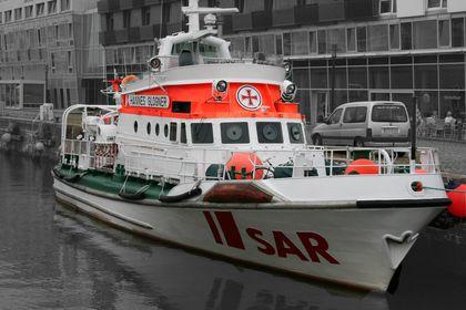 Behörden- und Einsatzschiffe