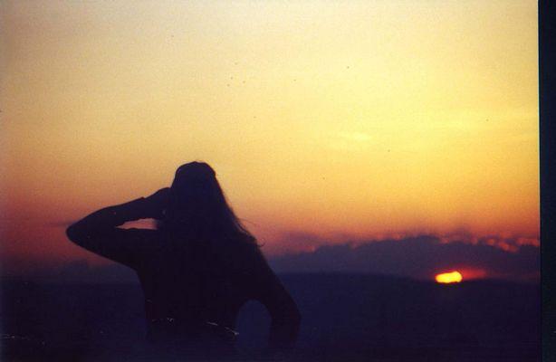 Bea vorm Sonnenuntergang