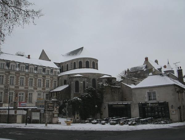 Beaugency sous la neige