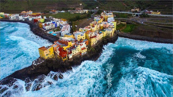 Beautiful Gran Canaria (AERIAL DRONE 4K VIDEO)