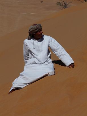 Beduine in der Wüste von Oman