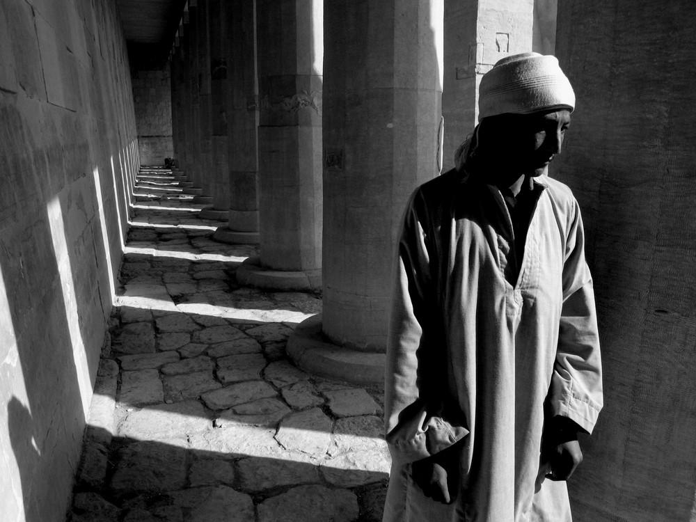 Beduino al tempio di Acesupt