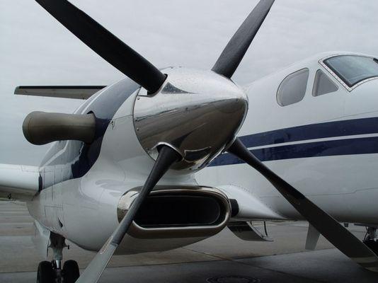 Beech KingAir300 at EDFZ