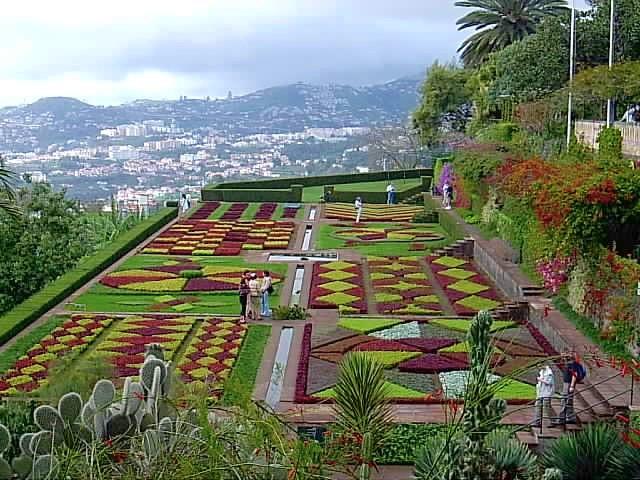 Beete im Botanischen Garten von Funchal