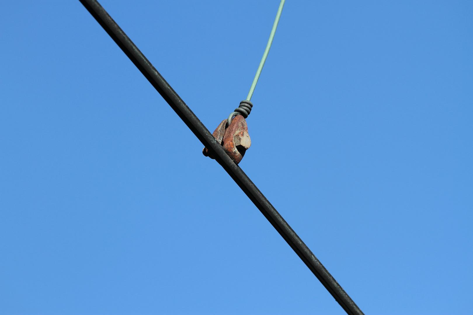 befestigung stromleitung