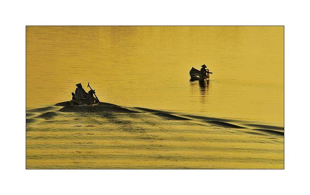 Begegnung auf dem Fluss