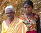 Begegnung mit zwei Dorfbewohnerinnen