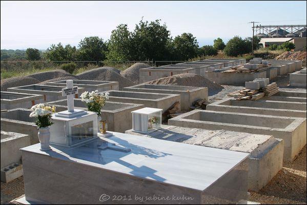 . . . begraben auf crete [10] . . . zu guter letzt [9] . . .