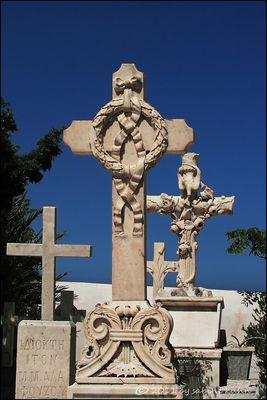 . . . begraben auf santorin [8] . . . kunst am kreuz/1 . . .