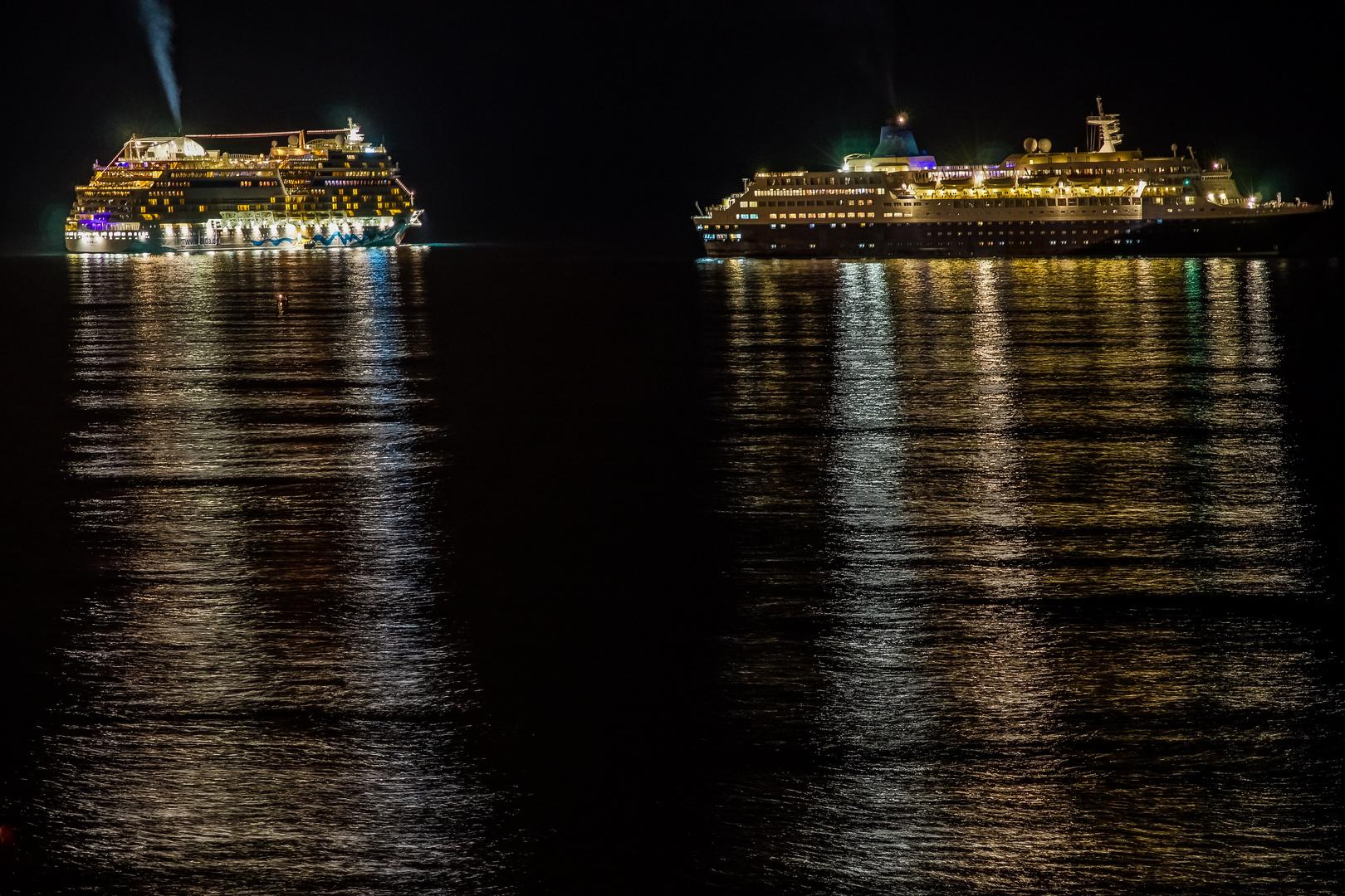 Begrüßung der Kreuzfahrtschiffe ...