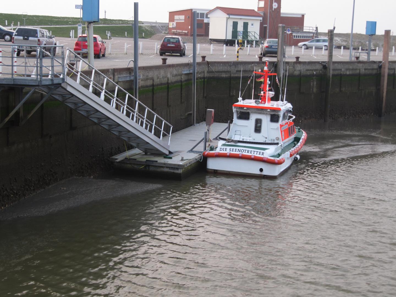 Bei Ebbe erfolgt die Seenotrettung zu Fuß
