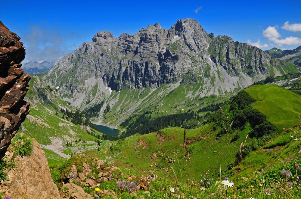 Bei Glarus in der Schweiz nähe Mullern am Fronalpstock