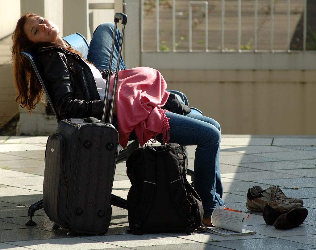 beide vor dem Abflug in der Sonne eingeschlafen