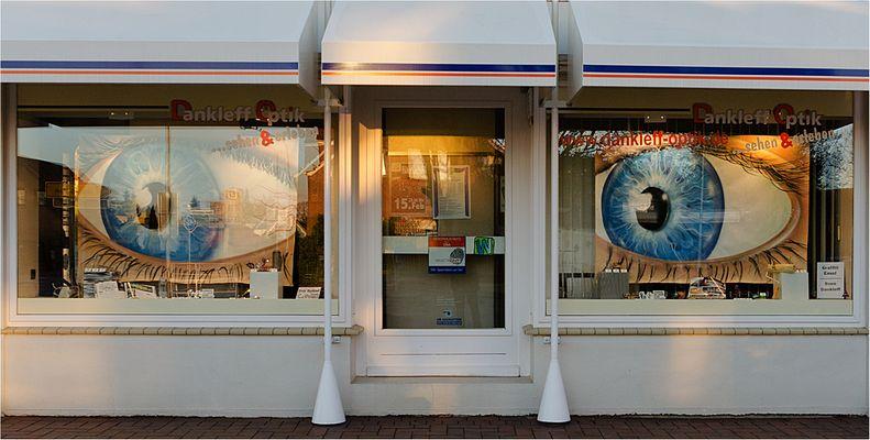 Schaufenster dekoration fotos bilder auf fotocommunity for Schaufensterdekoration