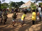 ... beim Tanzen ..., in Kissi, Ghana