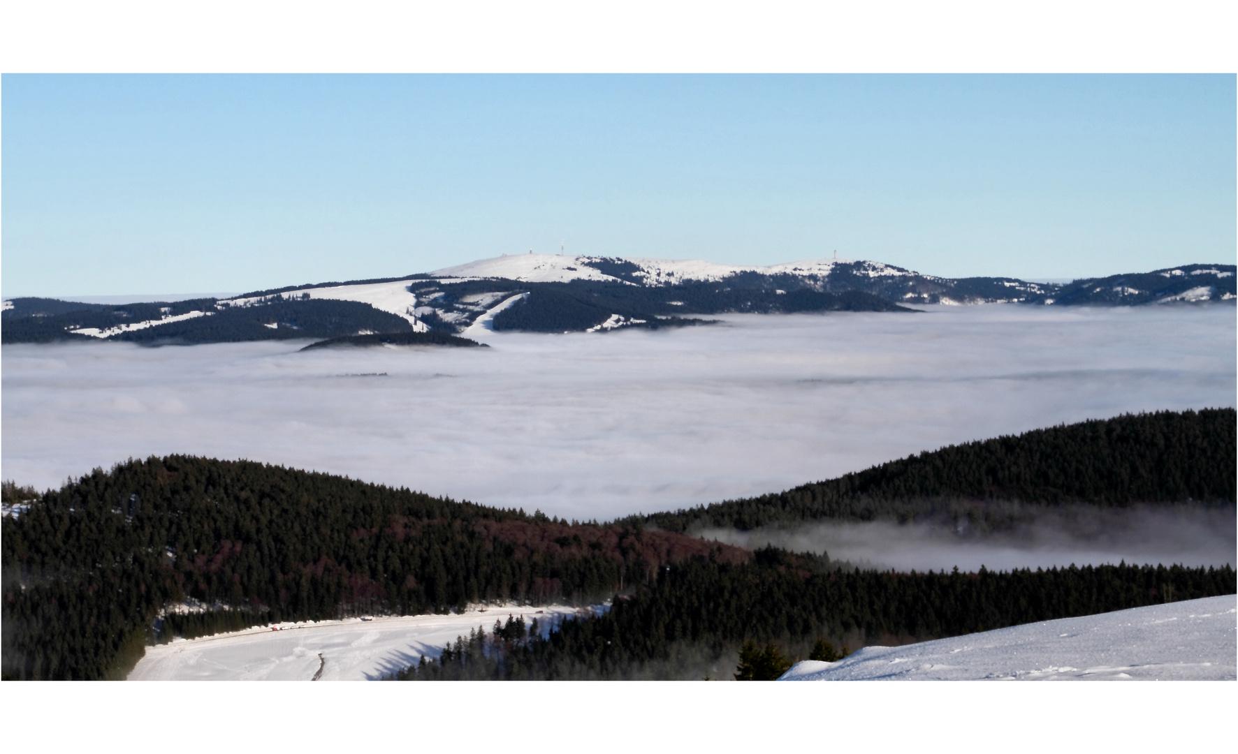 Belchen 5 - Feldbergmassiv über dem Nebel
