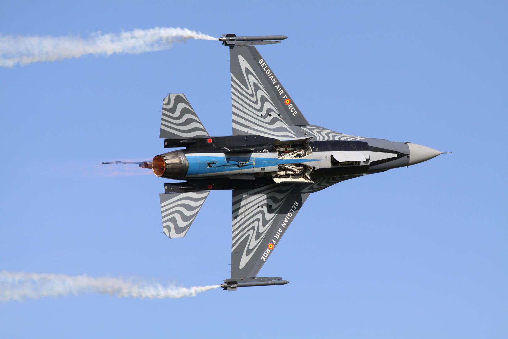 Belgische F16 in Leeuwaarden 2011
