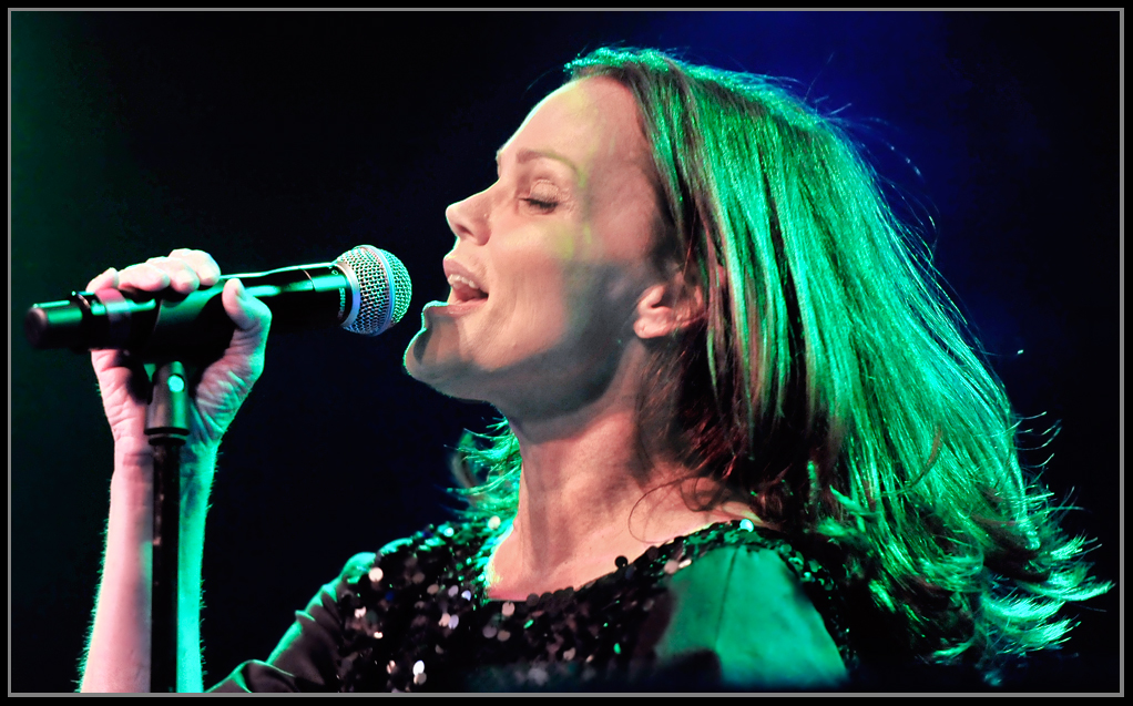 Belinda Carlisle Live