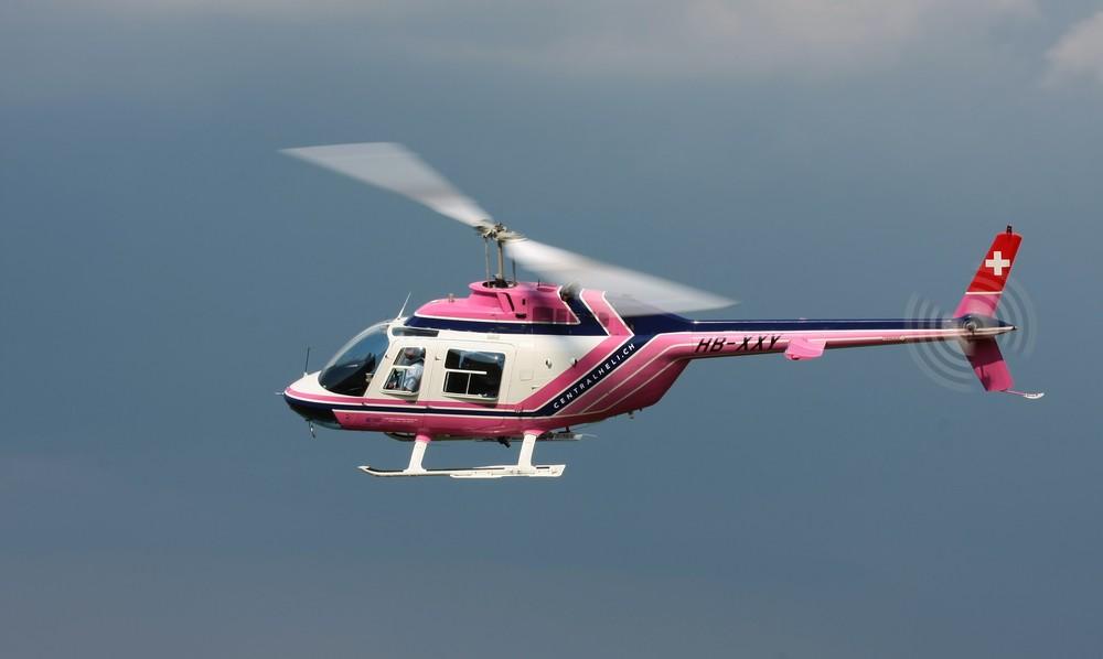 Bell 206 Jet Ranger III auf Rundflug