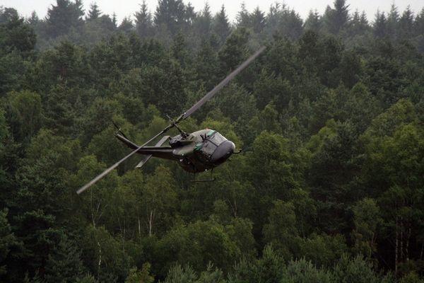 Bell UH1D Heer im Überflug