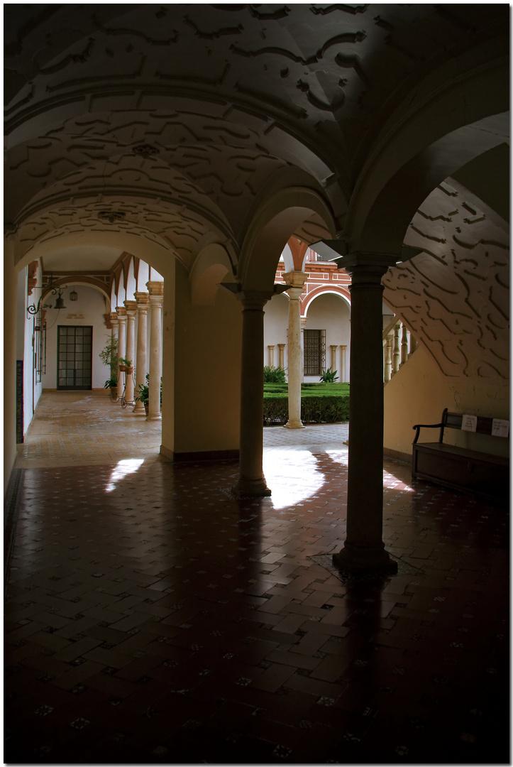 Bellas Artes. Sevilla tiene un color especial